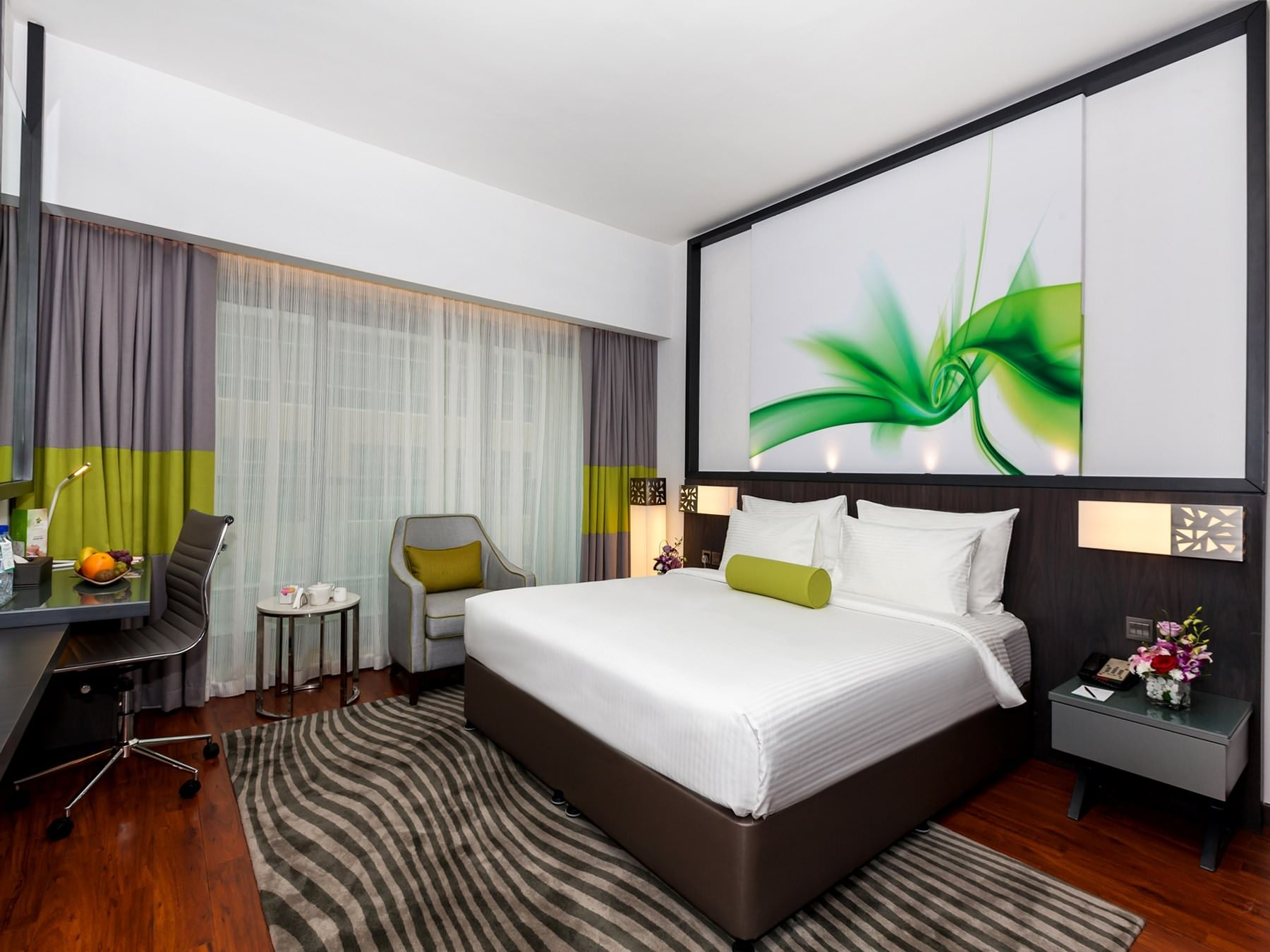 Flora Grand Executive Connecting King And Twin