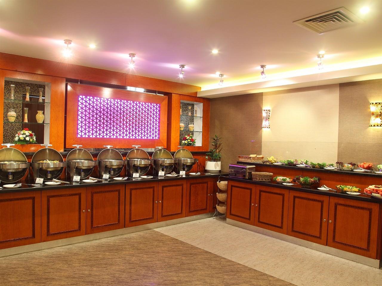 Flora-Hotel-Restaurant-3.jpg