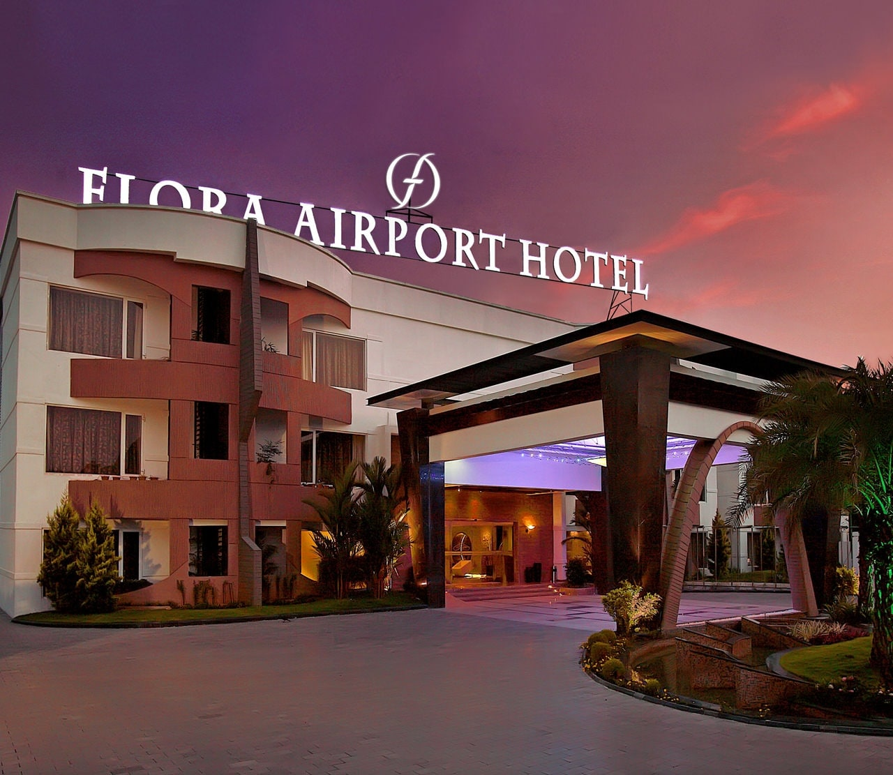 Hotel Silver Shine Flora Airport Hotel Official Site Kochi Kerala India Overview